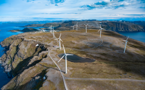 Growth in total investments in 2018 due to wind farm development